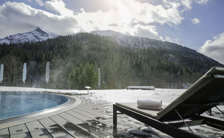 Kempinski The Spa Aussenpool Winter