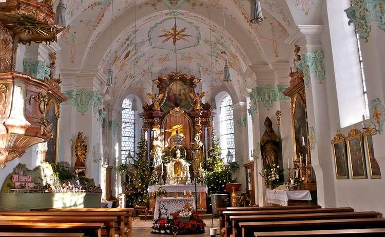 Kirche St Valentin Marzoll Innenraum