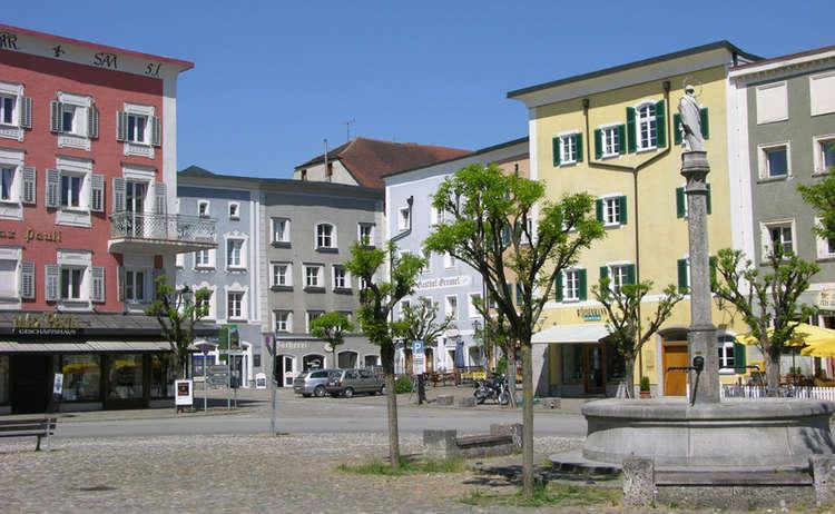 Marienplatz Laufen