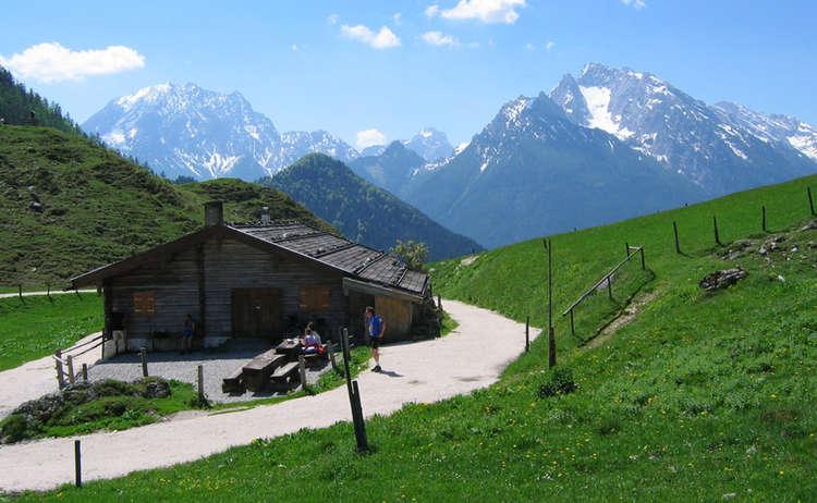 http://www.berchtesgadener-land.com/cdn/uploads/mordaualm-2-thcontentgalleryresponsive.jpg