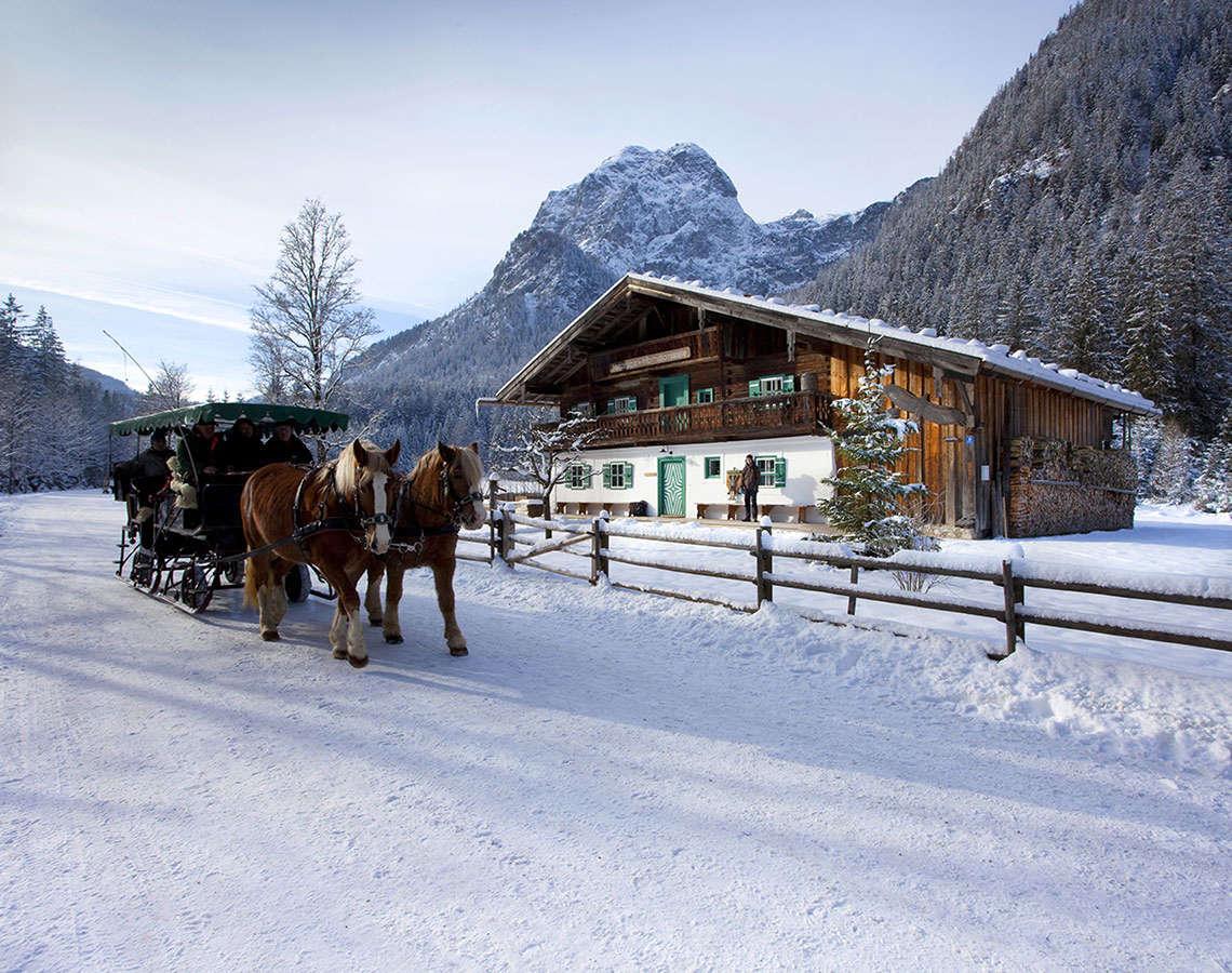 Pferdeschlittenfahrt Winter Nationalparkhaus Ramsau