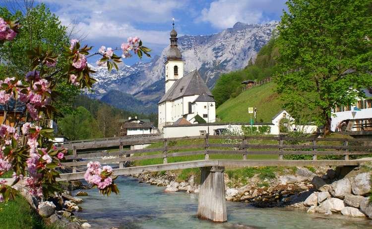 Ramsauer Kirche Sommer