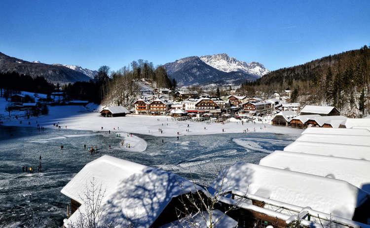 Seelaende Koenigssee Zugefroren Winterwandern